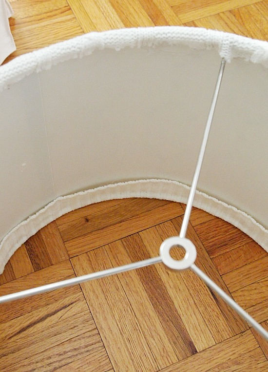 trim-sweater-to-cover-lampshade