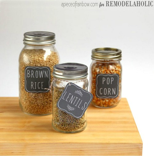 Free Printable Chalkboard Pantry Labels- It's easy to organize your home if you have these free printable labels! Use them to organize your bins, baskets, jars and boxes and create a beautifully organized home! | organize your pantry, organize your linen closet, organize your food, organize your home office, organize your garage, #freePrintable #organizing #organization #organize #labels #printable #homeOrganization