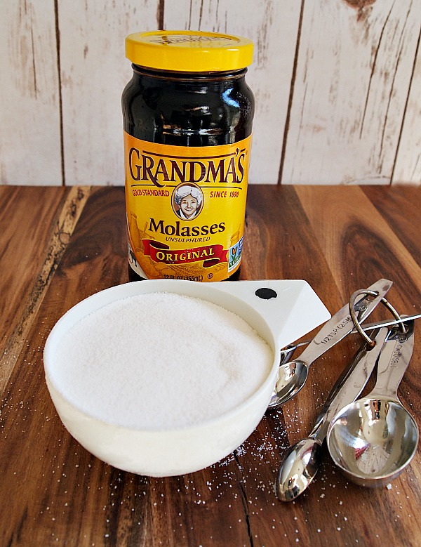 Ingredients for homemade brown sugar | Have you ever wanted to make something that needed brown sugar but then you realize you don't have any or don't have enough? Well,  you will never run out of brown sugar with this recipe.