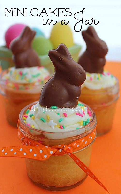 10 Cute Easter Treats In A Jar - Mini Easter Cakes In A Jar