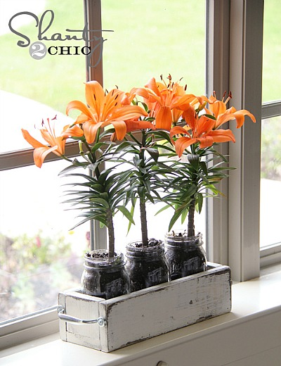 DIY Mother's Day Gifts: make a mason jar planter