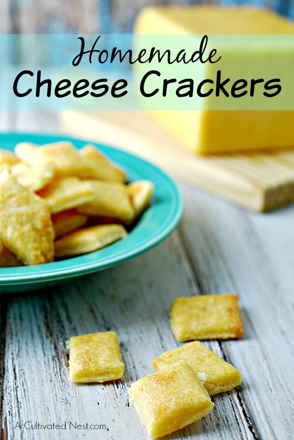 Easy Homemade Cheese Crackers