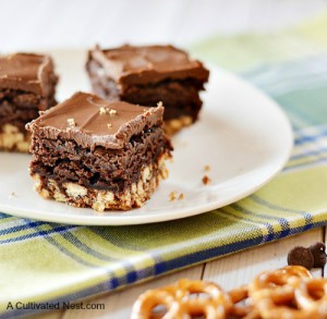 Chocolate Peanut Butter Pretzel Brownies