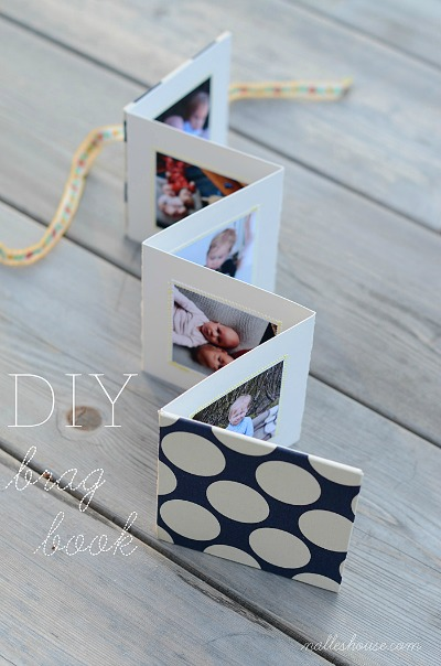 Mother's Day Gifts: DIY Brag Book