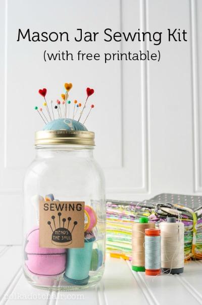DIY Mother's Day Gifts: make a mason jar sewing kit