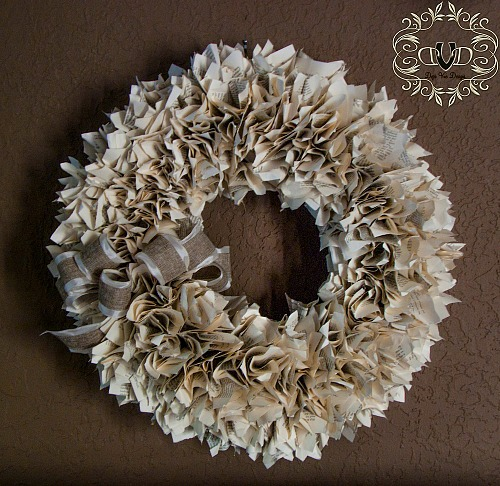 10 Awesome Book Page Projects - DIY Book Page Wreath