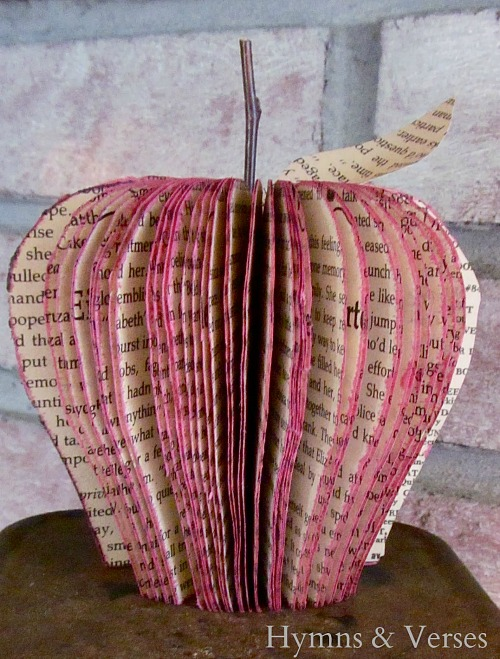 10 Awesome Book Page Projects: diy-paper-book-page-apple-craft