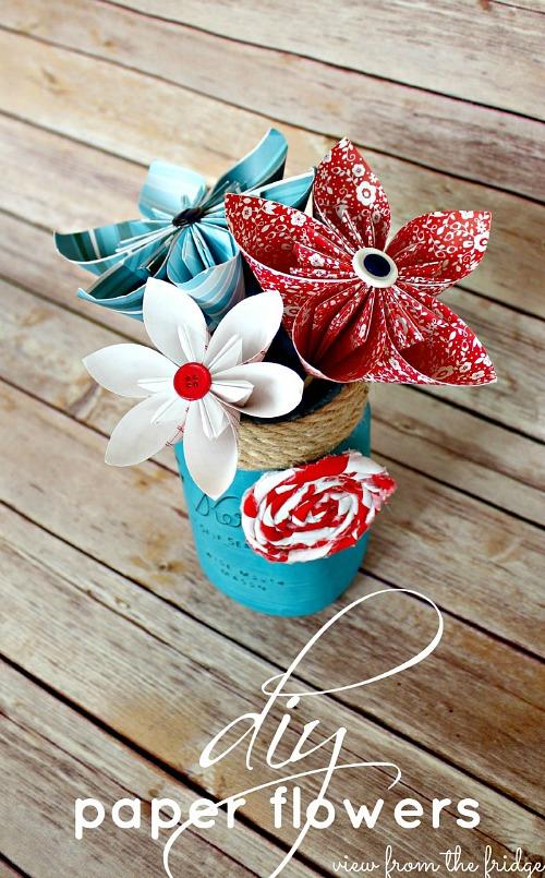 15 Patriotic DIY Home Decor Projects: Patriotic Paper Flowers