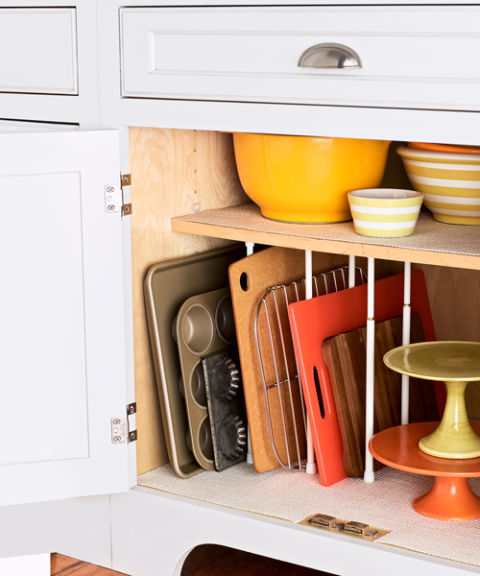 Tips for organizing pots and pans: cookie sheet organization