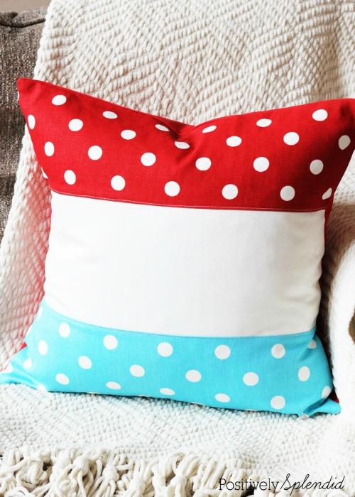15 Patriotic DIY Home Decor Projects:  Patriotic Color Block Pillow