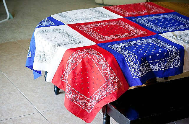 15 Patriotic DIY Home Decor Projects: bandanna tablecloth