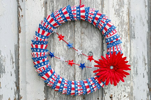 10 Cute Patriotic DIY Outdoor Decorations: Red White and Blue Cupcake Liner Wreath DIY