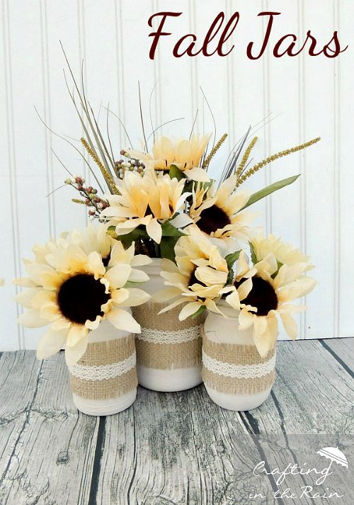Fall Mason jar crafts- Jar with flowers