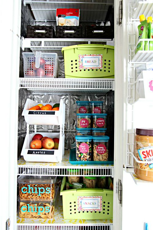 Pretty pantry organization ideas- wire shelves
