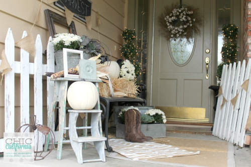 Farmhouse Style Front Porch- Unsure how to decorate your front porch for autumn? Take a look at these 15 fabulous fall front porch ideas and be inspired! | #fall #porchDecor #decorating #fallDecor #ACultivatedNest