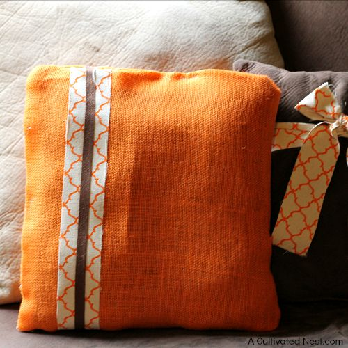 Easy DIY no sew fall accent pillow