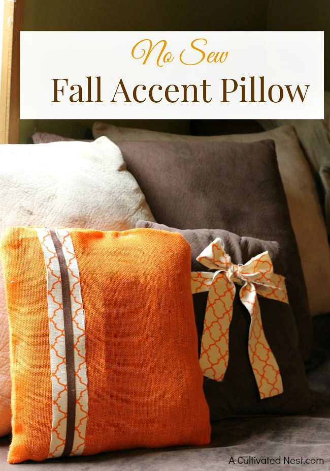 easy diy no sew fall accent pillow. Black Bedroom Furniture Sets. Home Design Ideas
