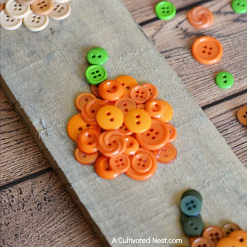 Easy ombre pumpkin button craft