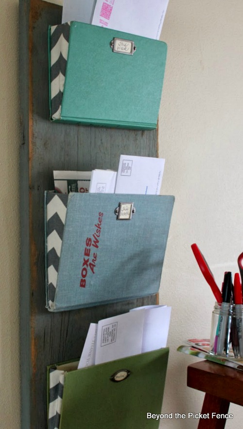 How to Organize Your Mail- Overwhelmed by all the mail and documents you have to keep organized every day? De-clutter and de-stress your life with one of these 10 handy ways to organize your personal papers! home paperwork, organizing ideas, office organization, paper organizing ideas, decluttering tips #organizingTips #decluttering #ACultivatedNest