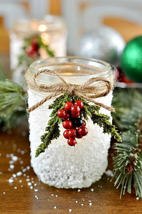 10 festive Christmas Mason jar crafts