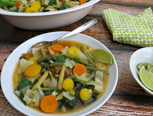 Low calorie cleansing vegetable soup