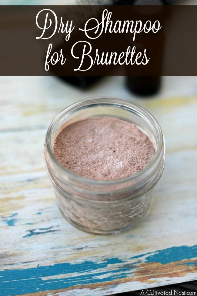 DIY dry shampoo for brunettes