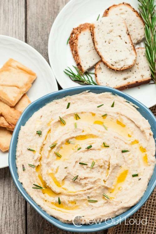 White Bean Garlic Dip