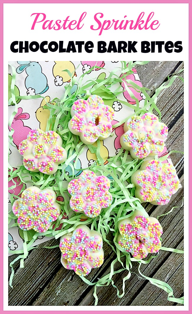 Chocolate Easter Flower Bark Bites! Looking for a yummy spring or Easter treat? Then you have to make these adorable pastel sprinkle chocolate bark bites!