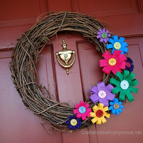 Colorful Felt Flower DIY Spring Wreath