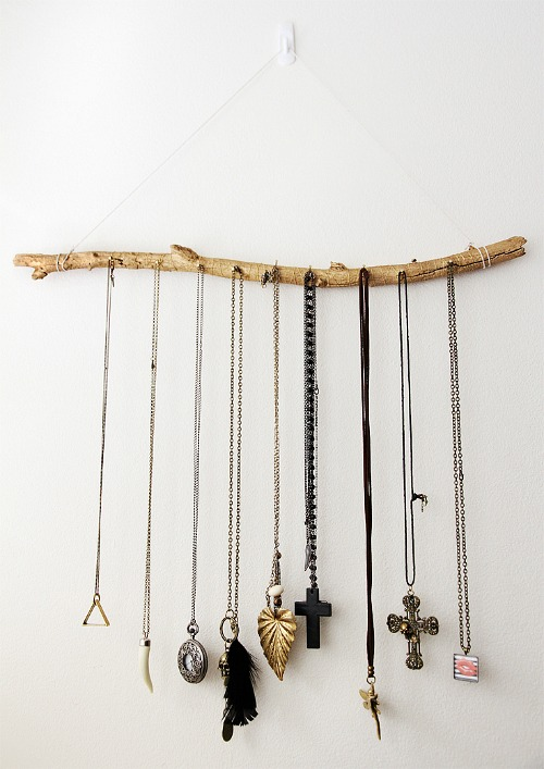 DIY Jewelry Organizer Ideas- Jewelry Display Branch