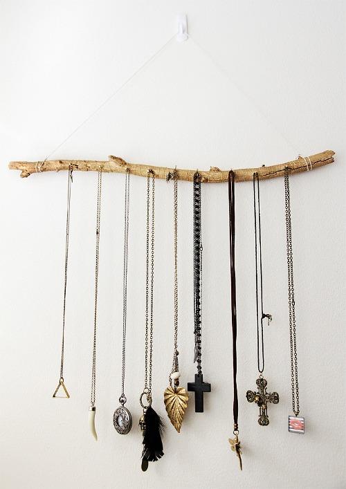 DIY Jewelry Organizer Ideas- Jewelry Display Branch