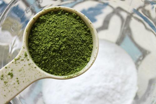 Matcha tea bath salts