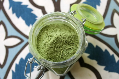 Matcha tea bath salts