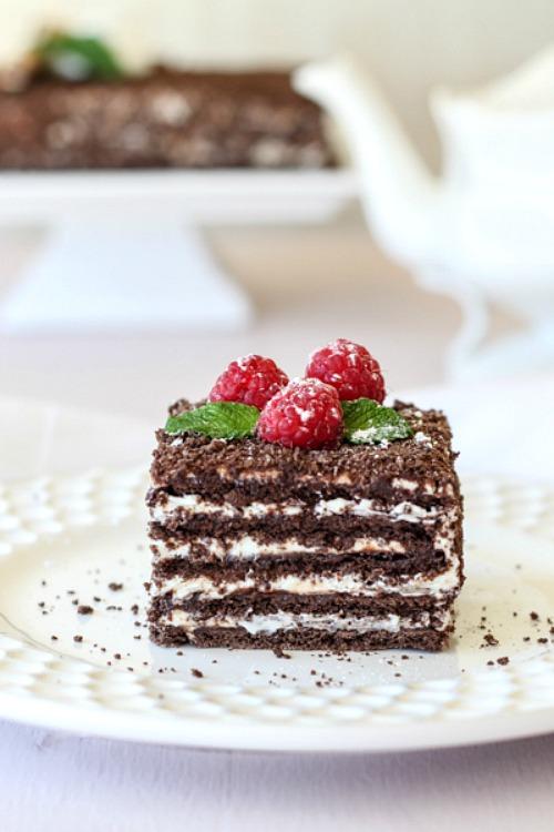 10 Scrumptious No-Bake Desserts- No Bake Chocolate Layered Spartak Cake