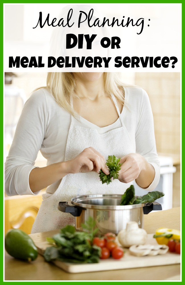 When it comes to meal planning you have two major choices: DIY or using a meal delivery service. Look at these pros and cons to find the best one for you!