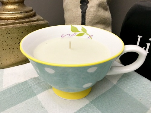 Don't let a pretty teacup sit around unused! Instead, upcycle it into a lovely DIY lavender teacup candle! This makes a great DIY gift!