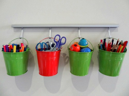 11 Dollar Store Organizing Hacks to Organize Everything- Organizing your home doesn't have to cost a fortune! Check out these 11 inexpensive dollar store organizing hacks to organize everything! | organizing tips, organizing tricks, home organization, cheap organizing ideas, inexpensive organizing ideas