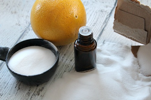 Citrus and Lavender Toilet Fizzies- Make cleaning your bathroom faster and easier with these homemade citrus and lavender toilet fizzies! | homemade toilet cleaner, DIY cleaner, eco-friendly cleaner, all-natural cleaner, natural cleaning, homemade bathroom cleaner