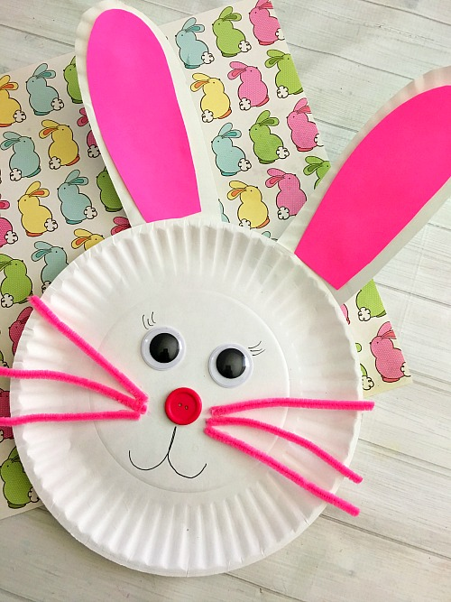 Bunny Paper Plate Craft- Keep your kids entertained this Easter with these 17 fun and frugal Easter kids activities! They're so fun, and very inexpensive! | spring kids crafts, paper plate crafts, bunny kids crafts, DIY easter eggs, #Easter #kidsActivities #ACultivatedNest