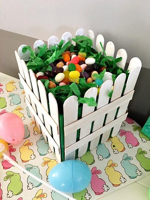 Diy Picket Fence Easter Basket Easy Easter Gift Basket Craft