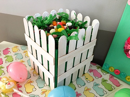 Diy picket fence easter basket easy easter gift basket craft diy picket fence easter basket why settle for a boring traditional store bought negle Image collections
