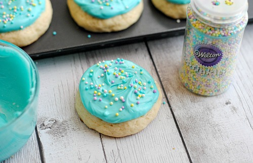 Aqua Blue Frosted Copycat Lofthouse Cookies- There's no need to go to the store for some delicious cookies! Here's how to make homemade aqua blue frosted copycat Lofthouse sugar cookies! | homemade desserts, baking, homemade frosting, spring, Easter, Mother's Day, birthday, Frozen, copycat recipe, sprinkles