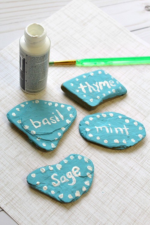 DIY Hand Painted Rock Garden Markers  Stop Using Boring Plain Garden Markers!  You Can
