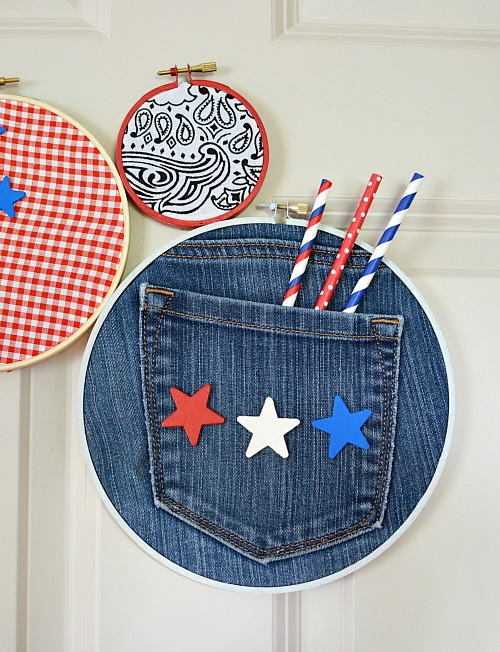 DIY Embroidery Hoop Wall Hanging- If you need to update your home's decor, a fun way is with this DIY embroidery hoop wall hanging! You can customize it with the fabric of your choice! | craft, easy DIY project, red, white, and blue, patriotic, Memorial Day, Fourth of July, home decor, custom wall art, Americana decor