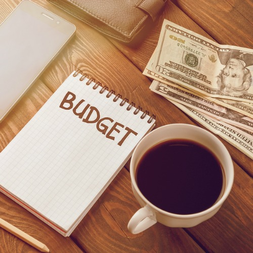 3 Budgeting Methods - which budget style is best for you? Here's an easy to understand explanation of 3 of the most popular budgeting techniques. Living on a budget, frugal living, how to make a budget for beginners, personal finance, Dave Ramsey
