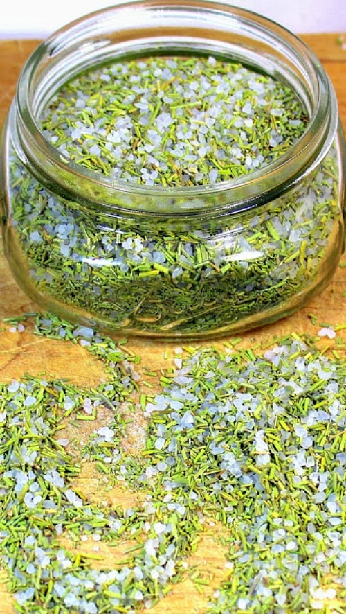 10 Creative Ways to Use Herbs from Your Garden- If you grew too many herbs, there are many different, fun ways to put them to use! Check out these creative ways to use herbs from your garden!   ways to use up extra herbs, lavender, sage, rosemary, cilantro, homemade soap, DIY beauty products, grow your own herbs