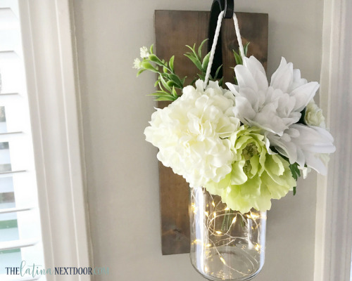15 Charming DIY Farmhouse Decor Ideas - You don't have to spend a lot to get farmhouse chic style home decor. Check out these 15 charming DIY farmhouse decor ideas! #ACultivatedNest