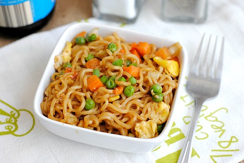 Ramen Vegetable Stir Fry- Having one meatless day a week is more than just good for your health and for the environment- it's also good for your budget! Here's how having a Meatless Monday saves you money! | eat less meat, eat vegetarian once a week, #meatlessMonday #saveMoney #frugalLiving #moneySavingTips #moneySaving #frugal #frugality