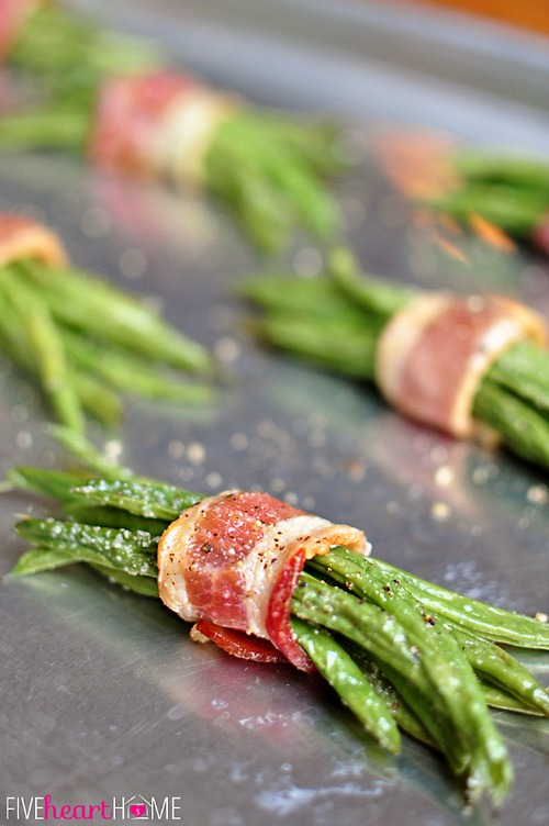 15 Must-Try Easter Side Dish Recipes- Your Easter dinner menu won't be complete without a good side dish (or two)! Cook the perfect meal and create an unforgettable Easter with some of these delicious, must-try Easter side dish recipes! | Easter lunch, Easter linner, asparagus, bacon, green beans, bread, buns, #food #Easter #recipe #sideDish