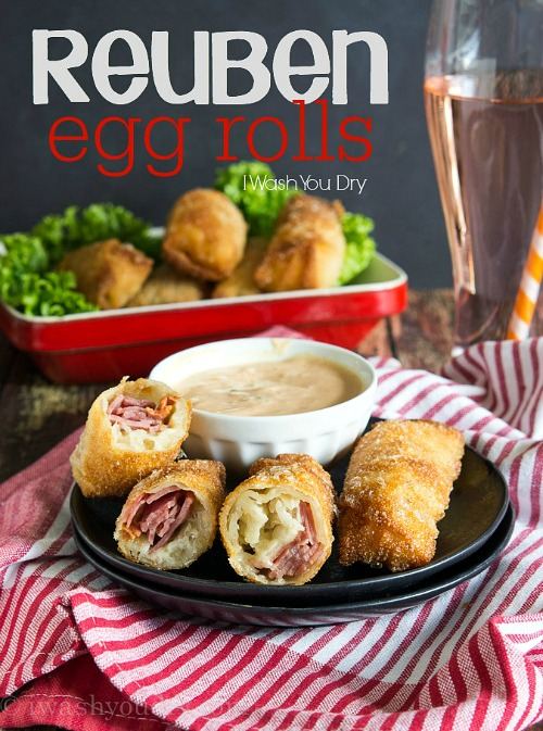 10 Genius Recipes that Use Egg Roll Wrappers- Just because they're called egg roll wrappers doesn't mean you only have to use them for egg rolls! Check out these 10 surprising (and delicious) recipes that use egg roll wrappers! | #recipe #food #dinner #dessert #eggRoll